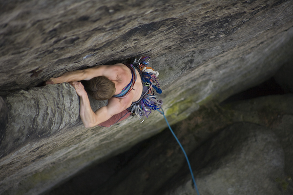 """Thomas Hering klettert im """"Dolch"""" an der Rohnspitze"""