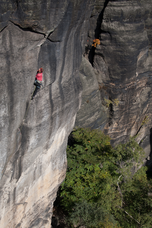 Stefan Giron klettert Schiefer Tod am Schwarzen Horn