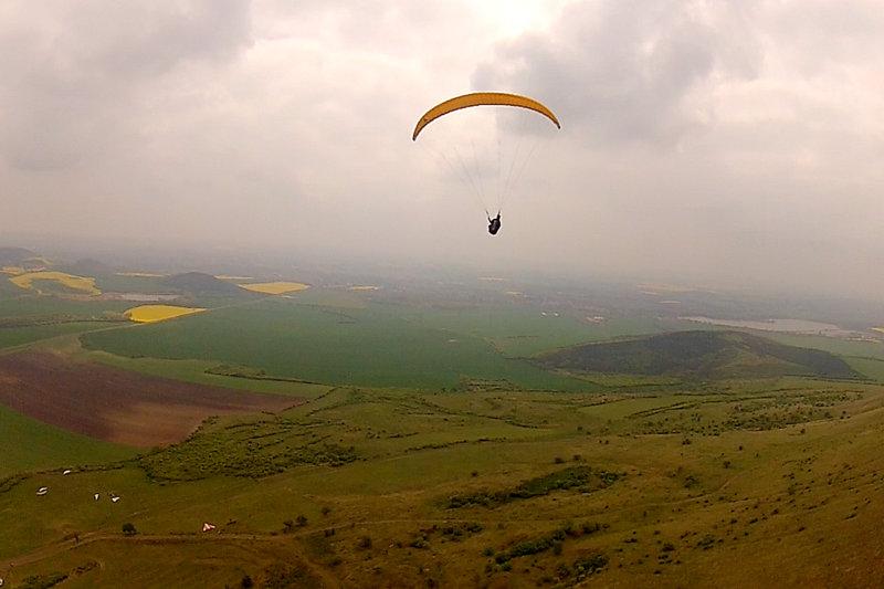 Moritz Neubauer fliegt am Rana
