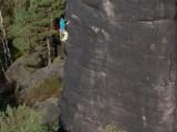Manuel auf halbem Weg zum zweiten Ring des direkten Herbstweges an der nördlichen Pfaffenschluchtspitze