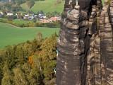 Manuel Hasterok klettert den Direkten Herbstweg an der nördlichen Pfaffenschluchtspitze